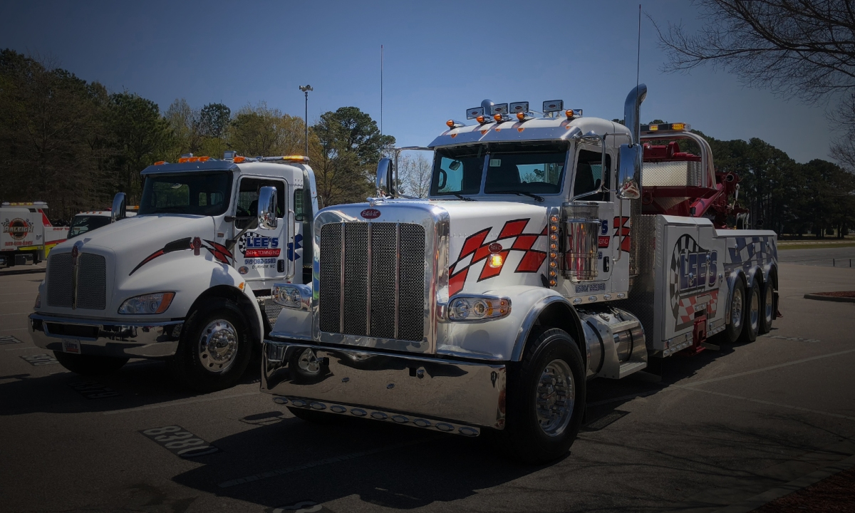 Lee S 24 Hr Towing Inc Family Owned Operated Since 1995